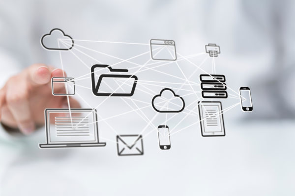 technology icons 600x400 1 - 5 Reasons Organisations Choose Office 365 Over Other Apps